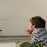 Parents urged to limit screen time to boost kids' development