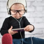 Toddlers, technology and learning language