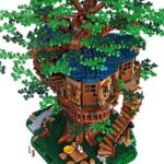 LEGO® Ideas Treehouse blooming with sustainable bricks