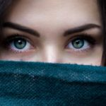 Winter makeup tips for glowing skin and striking eyes